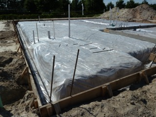 Concrete driveways garage pads installation for Slab on grade ontario